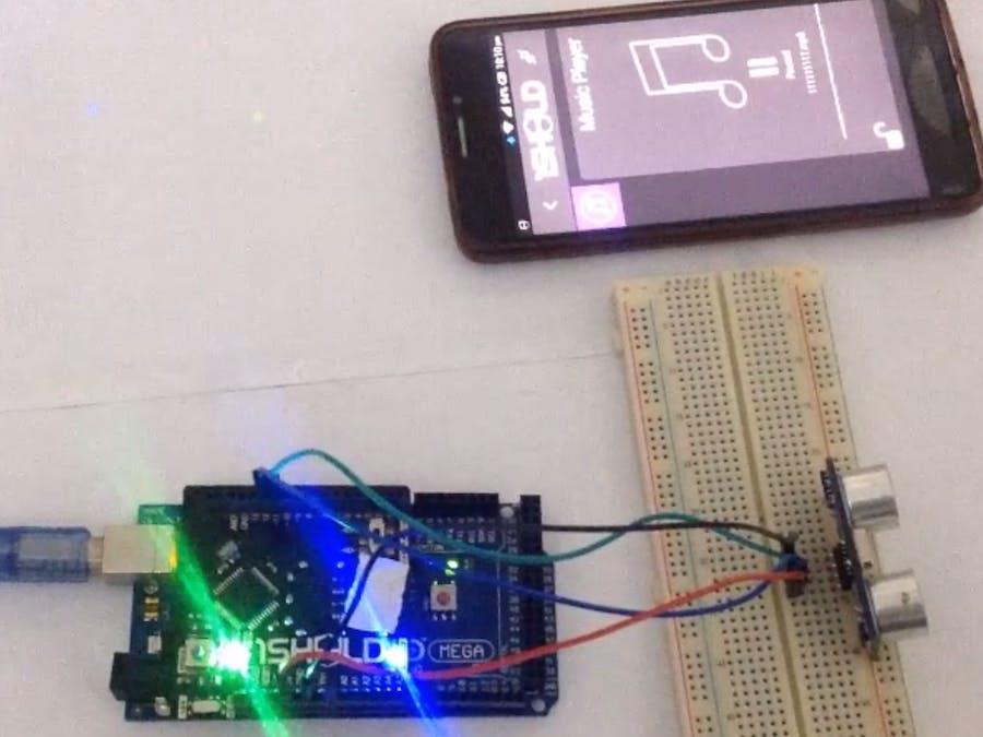 Simple Door Prank With Arduino 1Sheeld