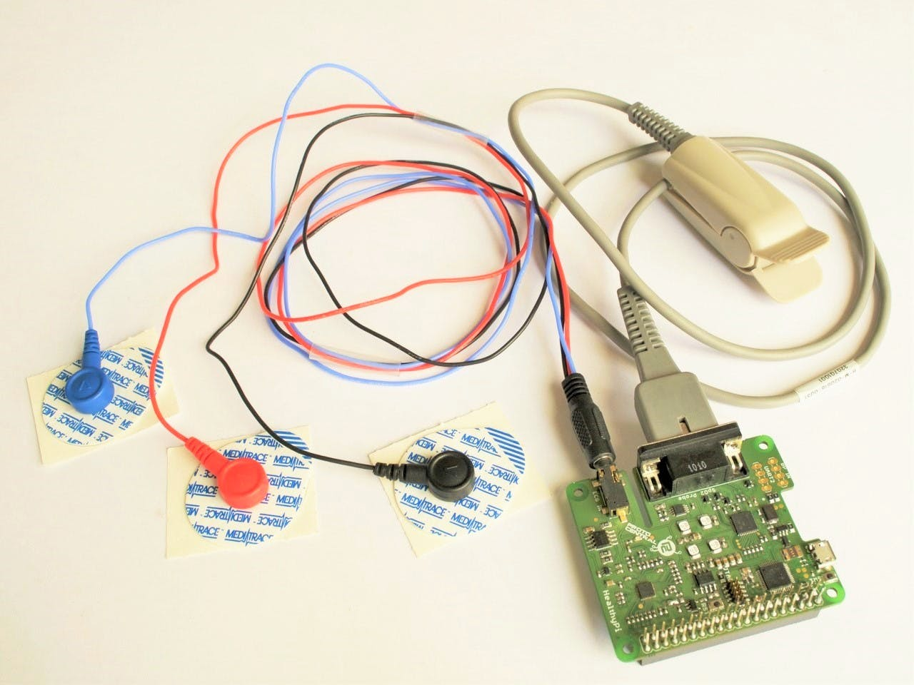Healthi Pi Hat Connected with SPO2 probe and ECG Electrodes
