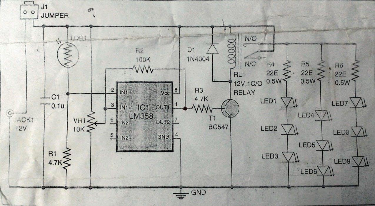 Circuit diagram for the Dusk-Dawn controller