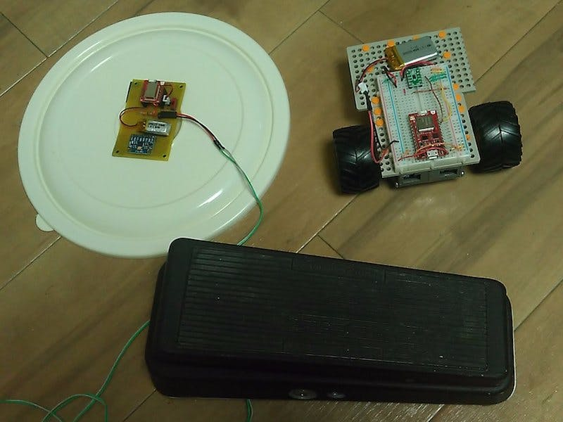 BLE Car Controlled by Motion Sensor and Wah Pedal
