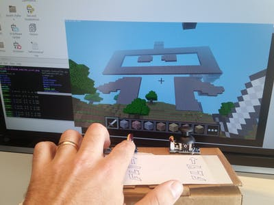 Build a Custom Minecraft Controller
