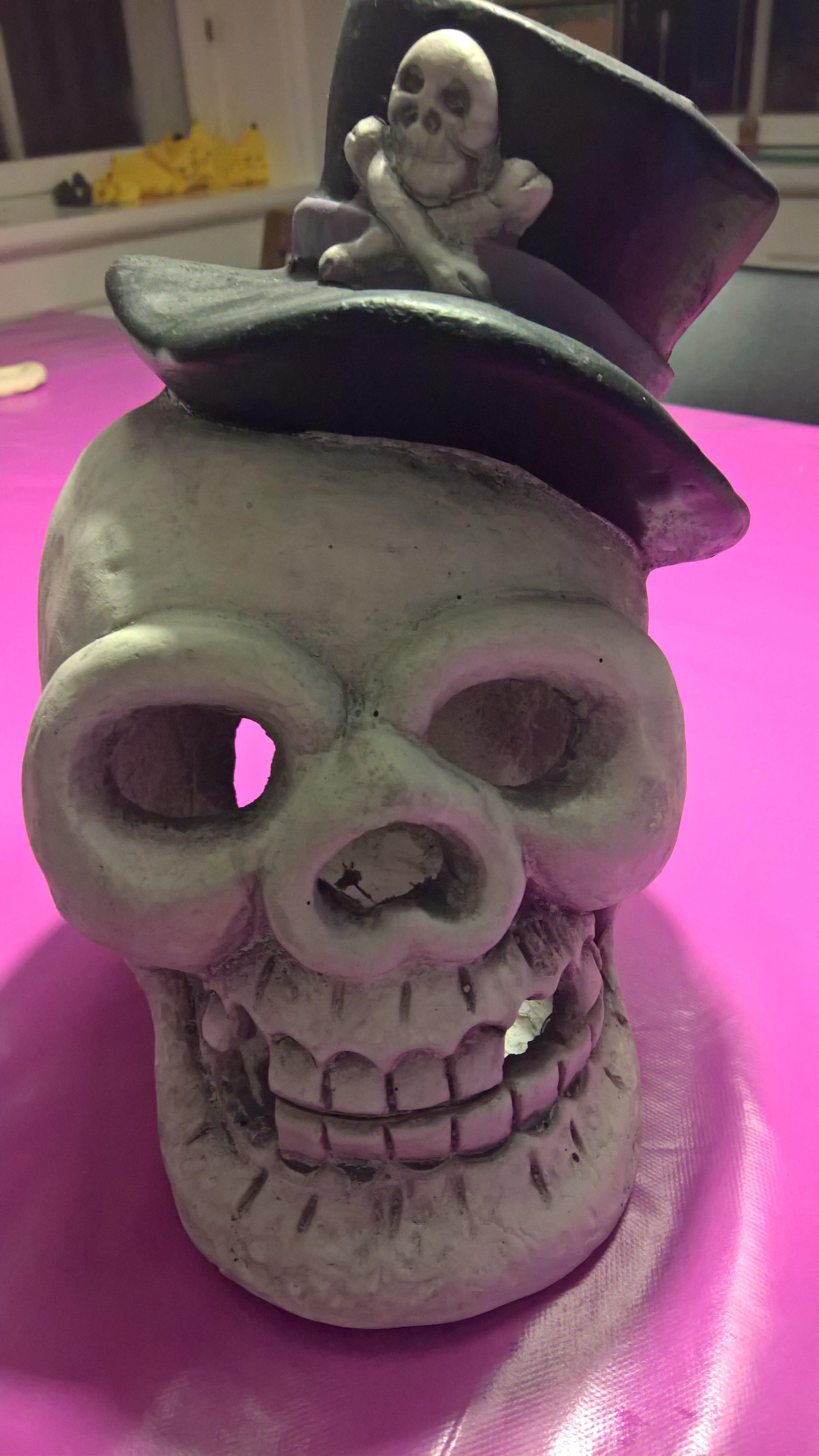 Creepy Greeting Skull for Halloween