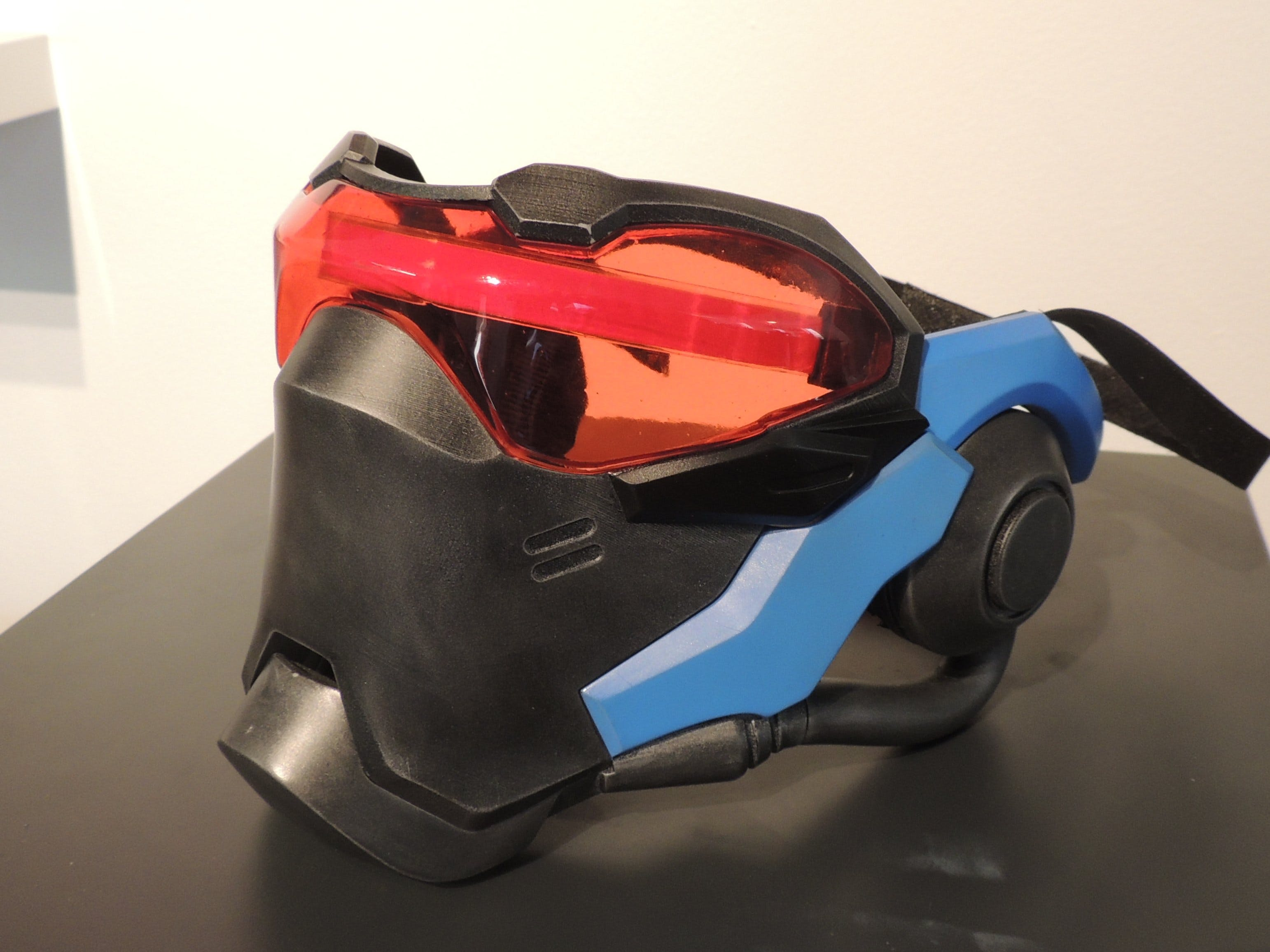 Soldier: 76 Light Up Mask
