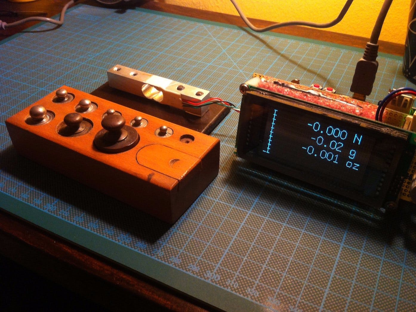 Arduino-based Digital Scale with HX711 and VFD Display