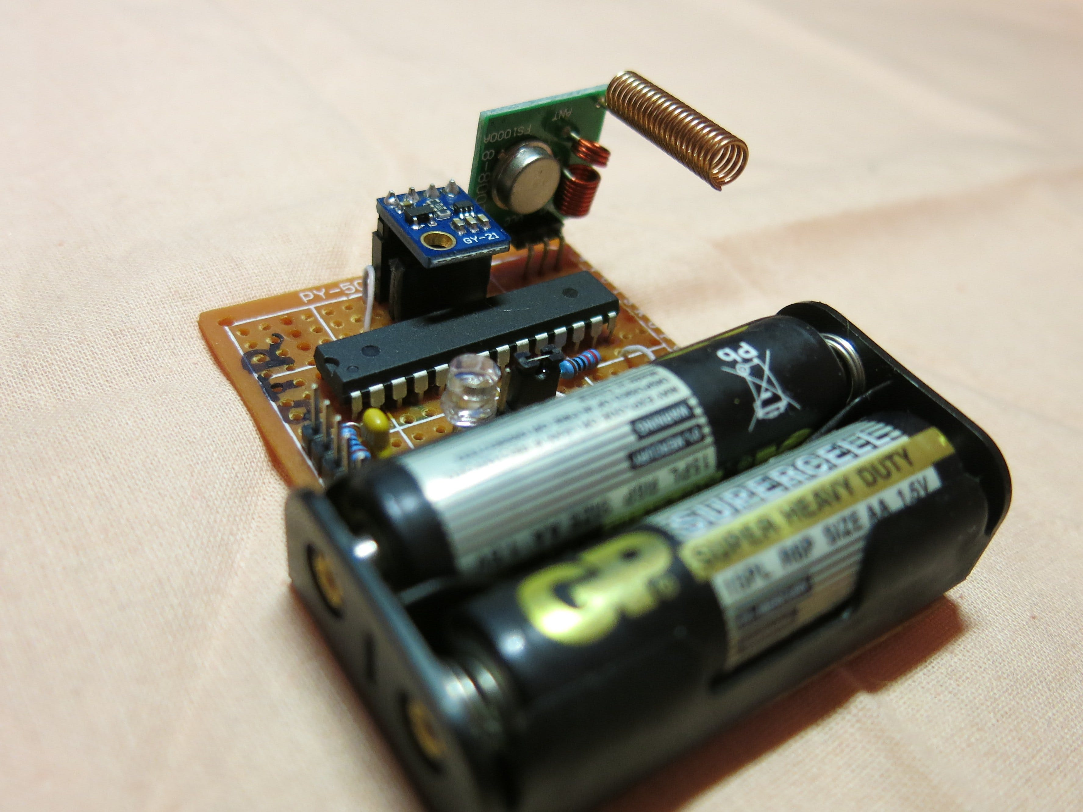 Make your own remote temperature/humidity sensor