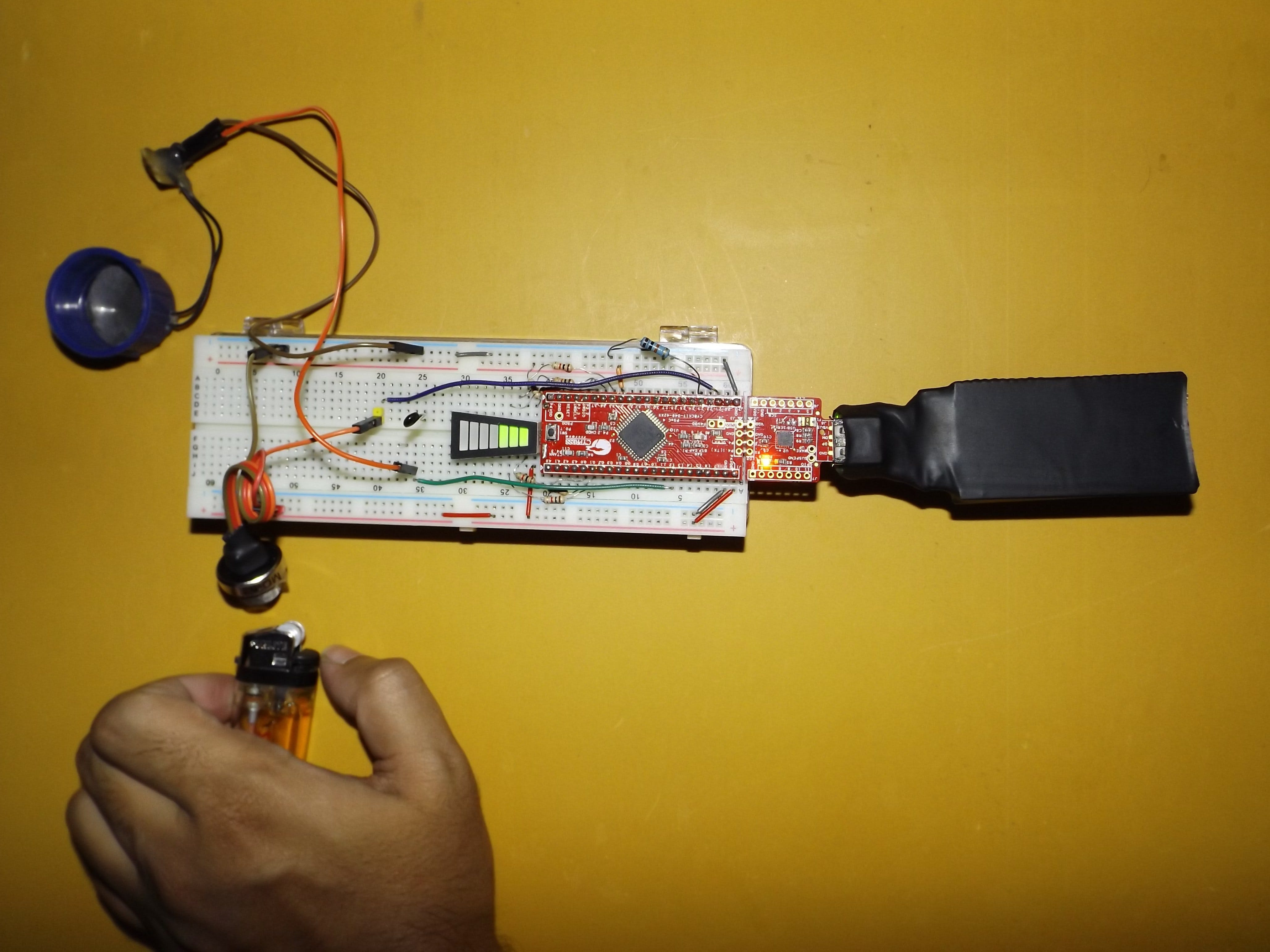 PSoC 4: Natural Gas Leakage Alarm System for Kitchen Safety