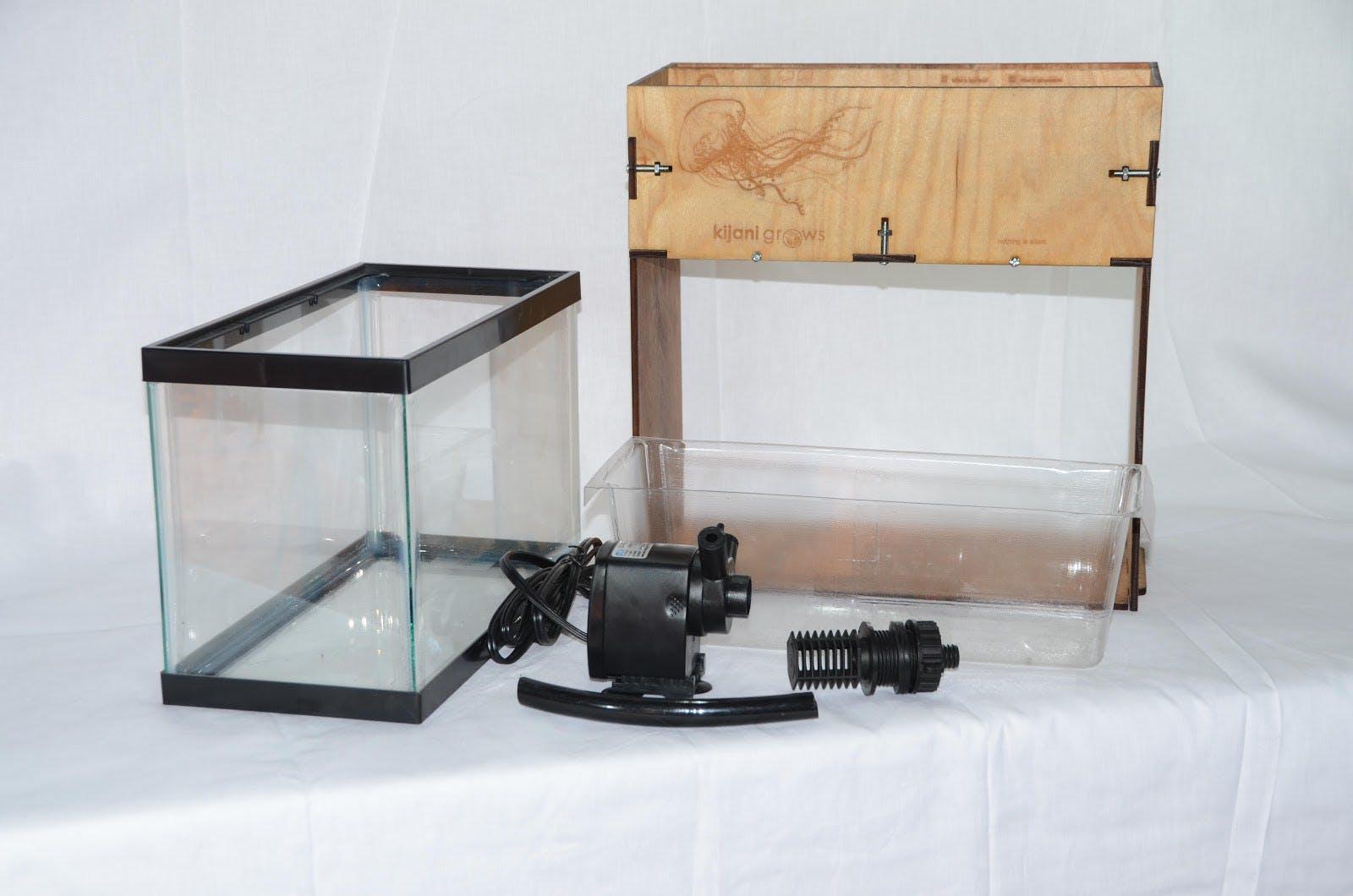 Jellyfish - A Smart Mini Aquaponics Garden