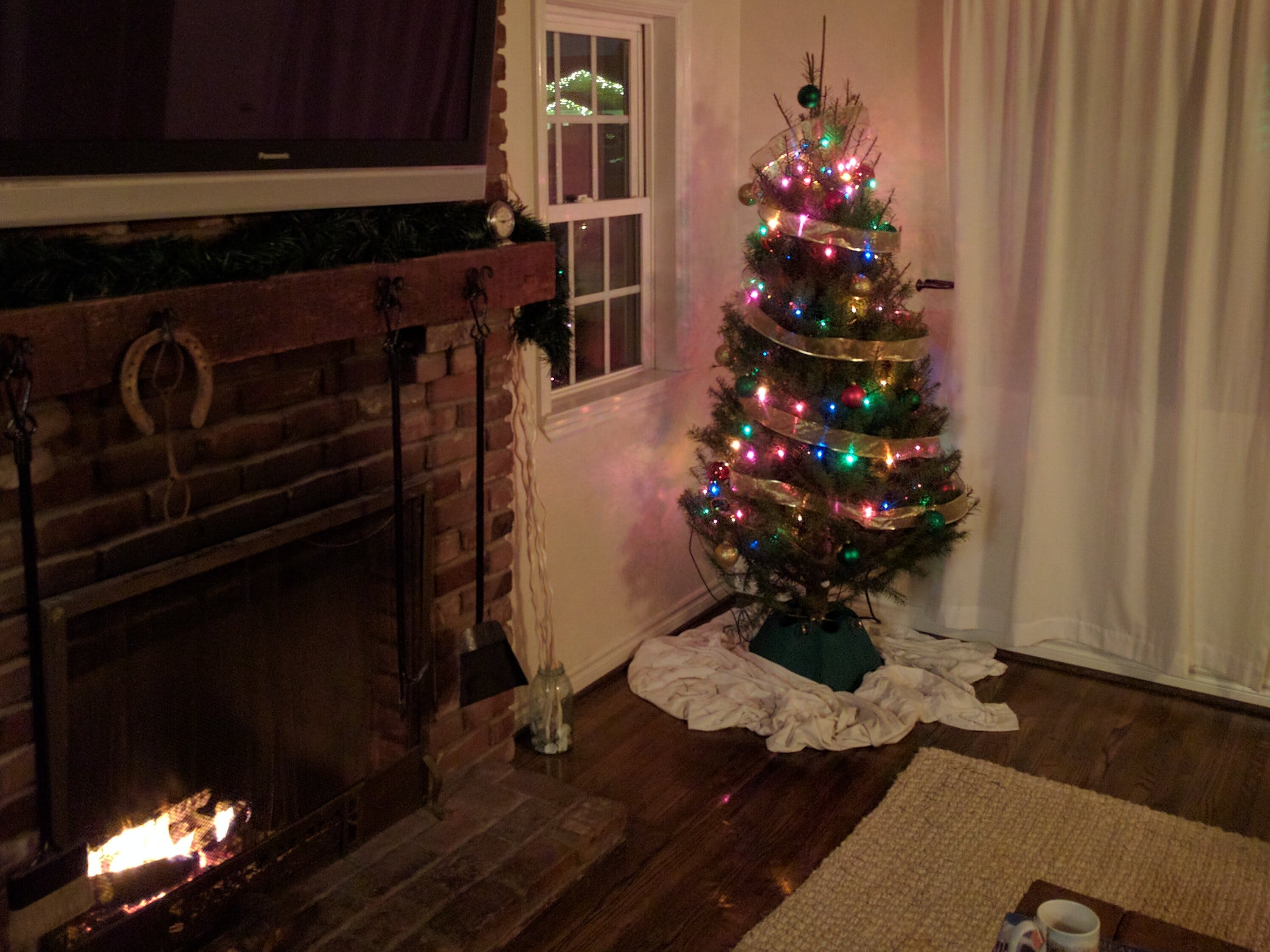 MKR1000 Christmas IoTree with Cayenne Project Builder
