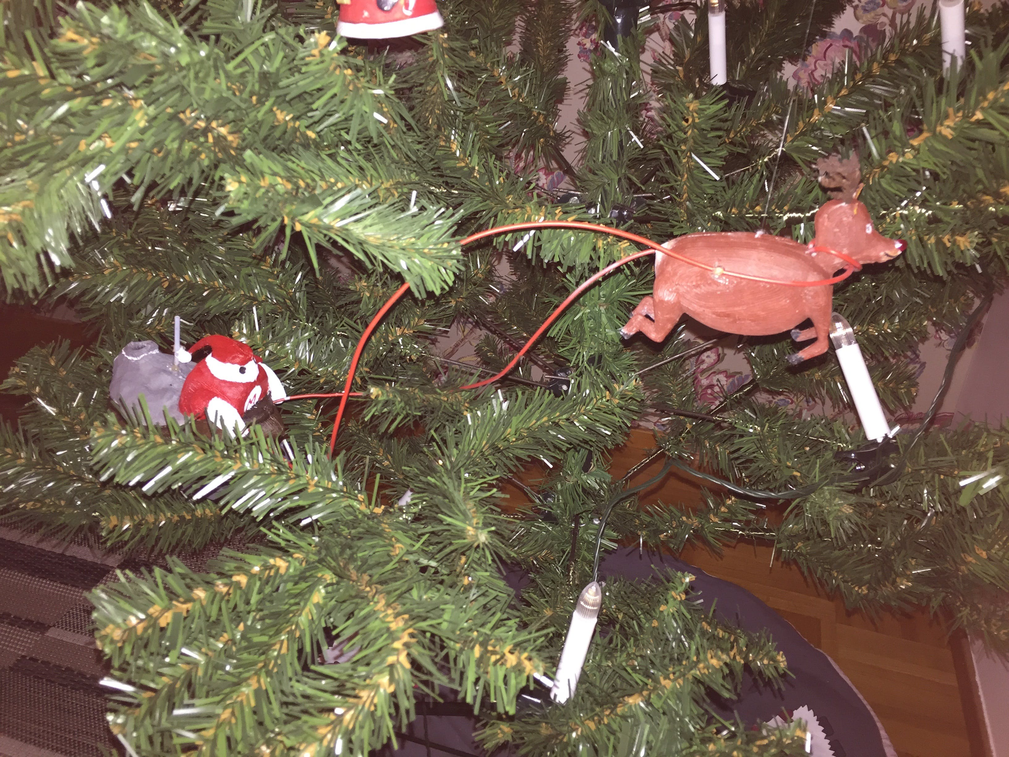 Flying around in the Christmas tree