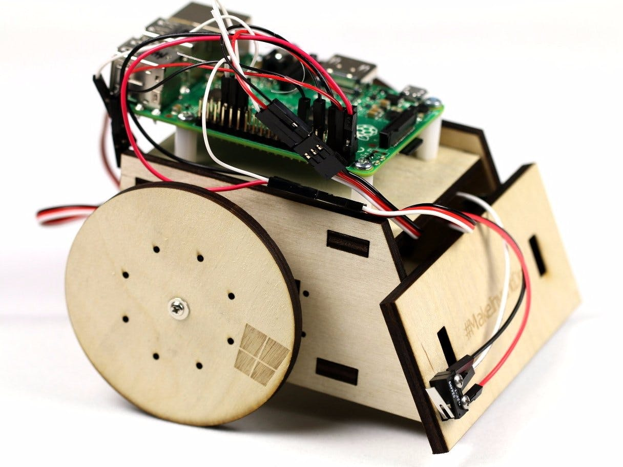 Windows 10 IoT Core Robot Kit on Raspberry Pi II
