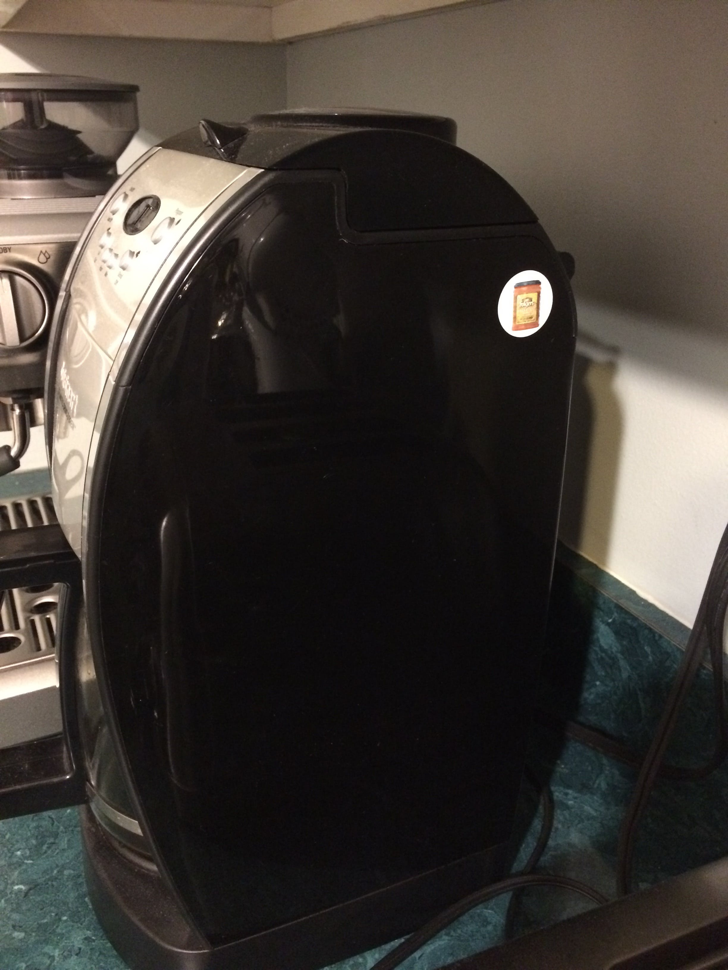 Coffee Maker w/ 'Replenisher' RFID Tag