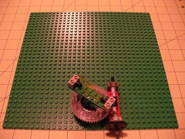 Lego Optics Lab: Worm Drive Panoramic Mount