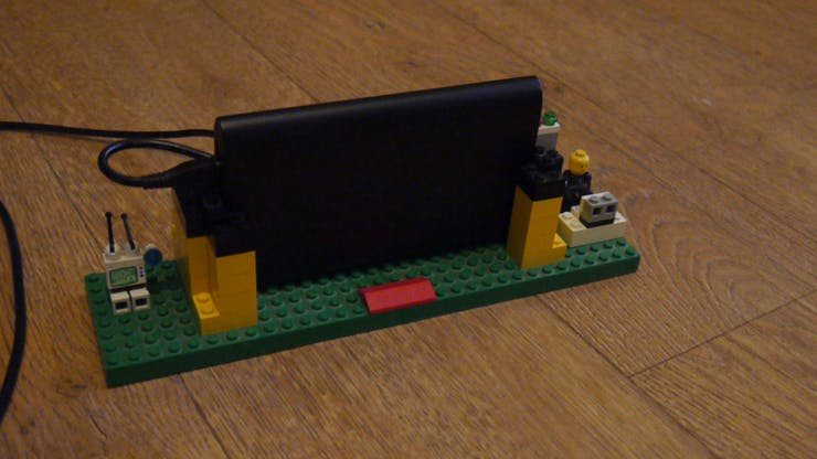 I've build a case with LEGO, so the Walabot sensor will detect horizontally