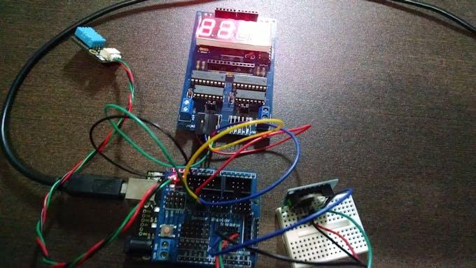 Digital Clock using Multiple LED Display Module