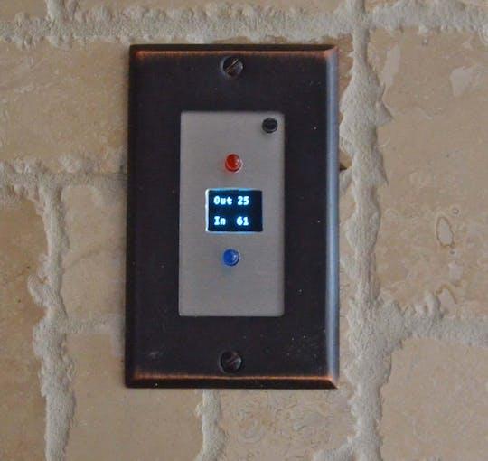 Indoor/Outdoor Temperatures