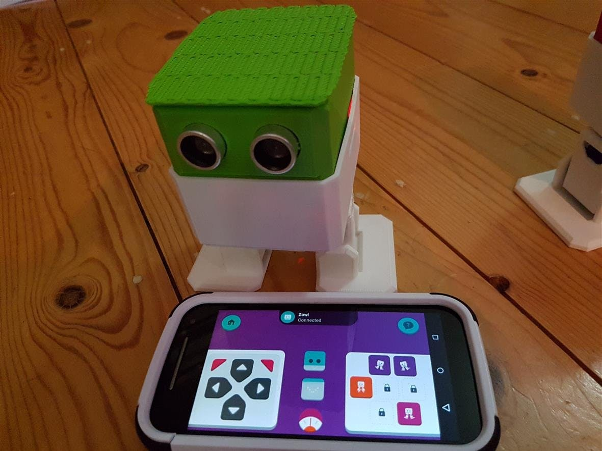 Otto with Bluetooth and Zowi app