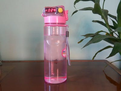 Arduino-Powered Water Bottle