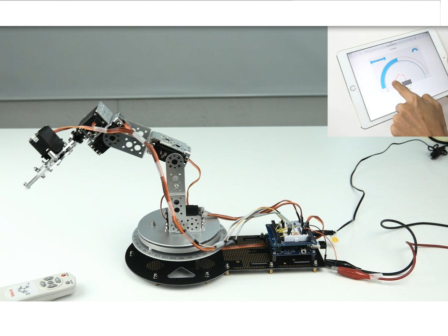 Remotely Controlling Arm Robot via Web