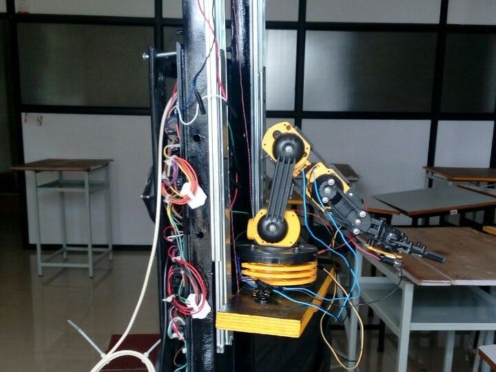 Voice-Controlled Pick-and-Place Robot