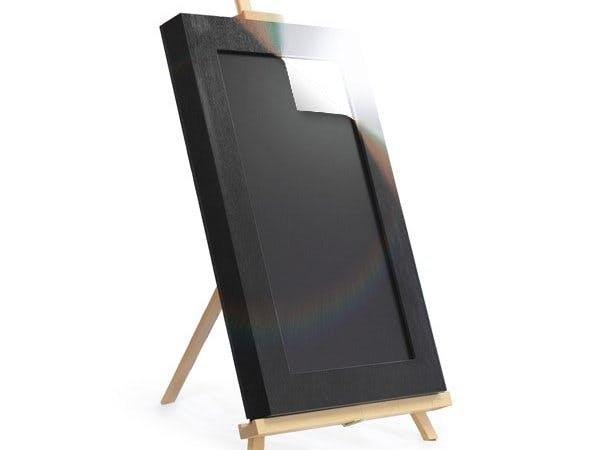 A connected Digital Frame for displaying Art & Photos.