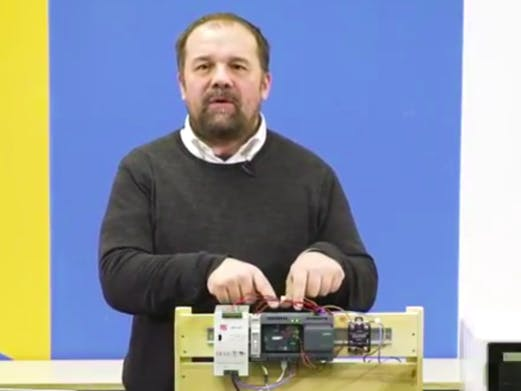 Learn with Massimo Banzi how to build up a PCB reflow applic