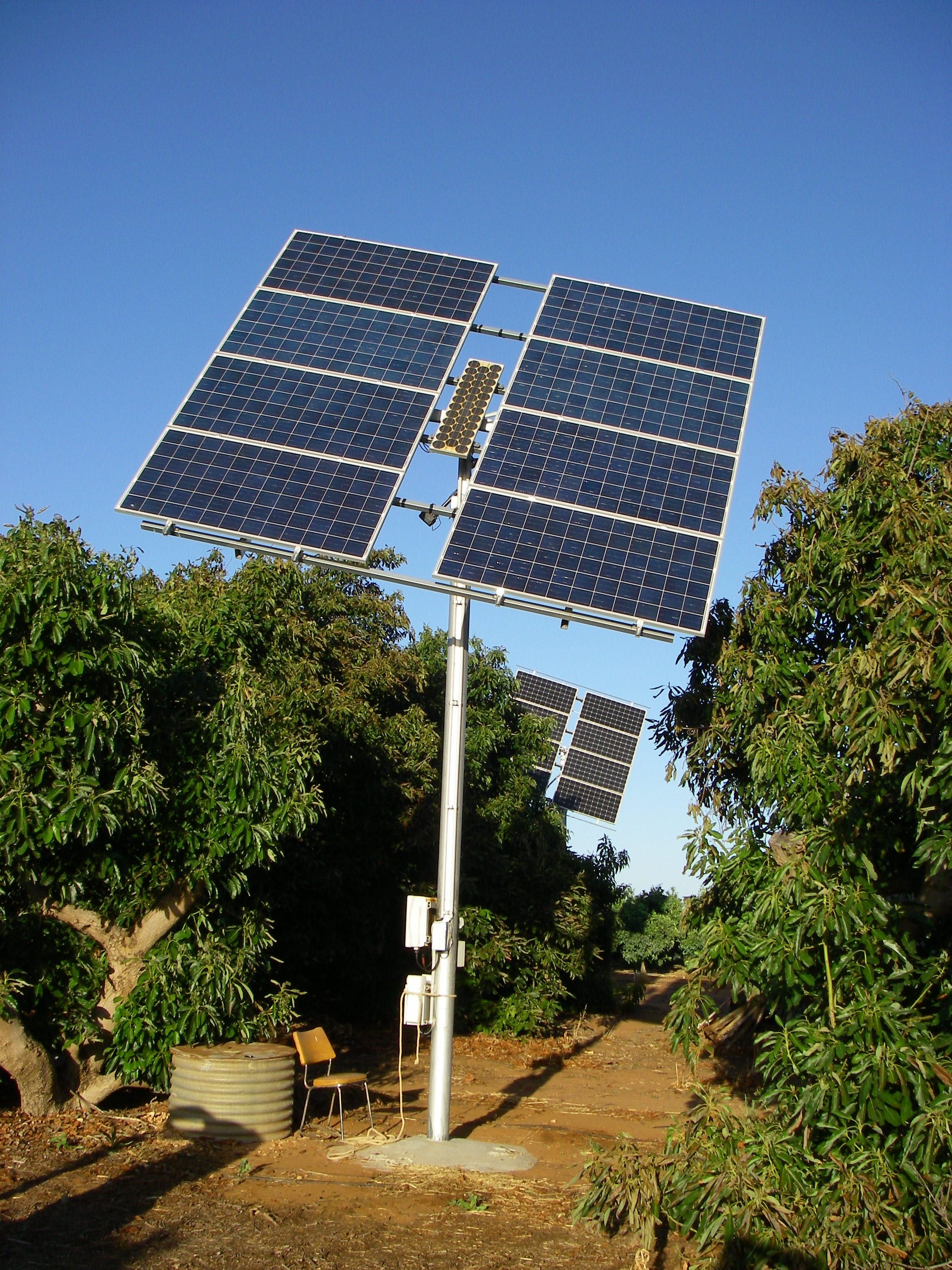 Non Optical Solar Tracker (East Tower 2.4KW )