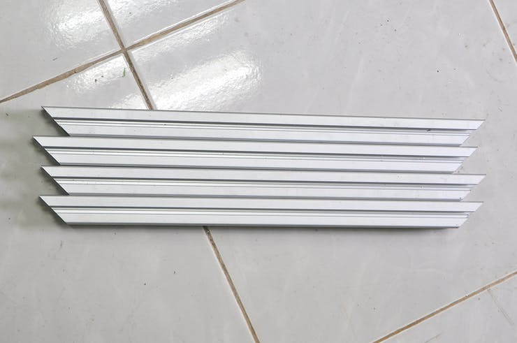 4 x 48 cm bars in length that be cut 45 degree at both ending