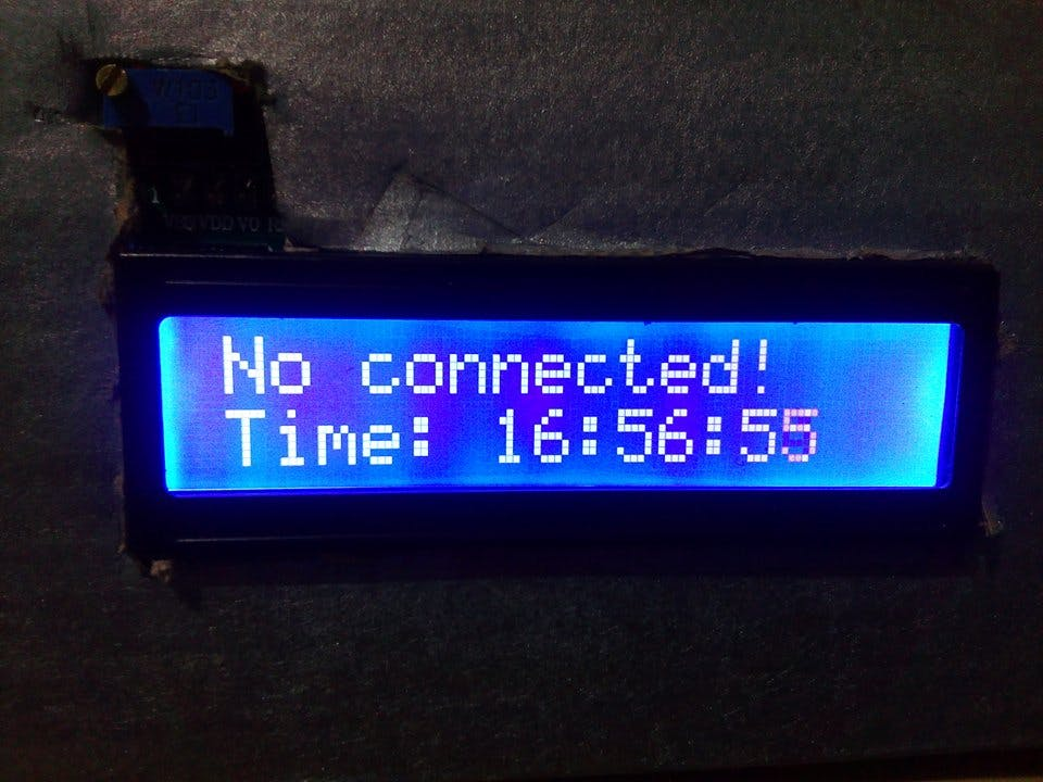 LCD screen when system is not connected with smartphone