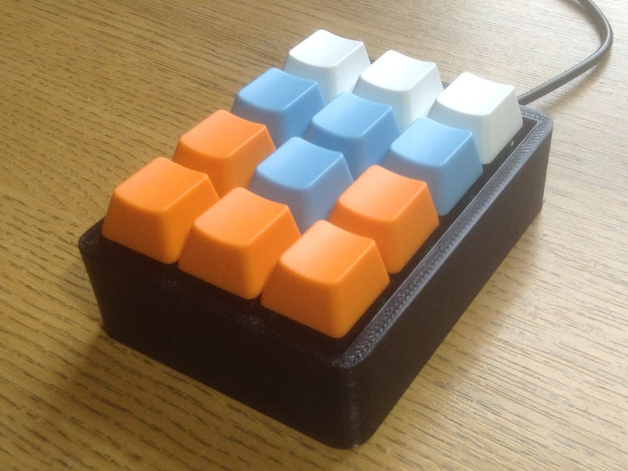 Graphically Programmable Arduino Shortcut Keypad