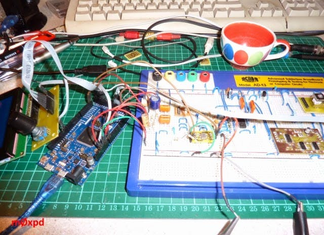 http://m0xpd.blogspot.com/2014/04/arduino-and-si570.html