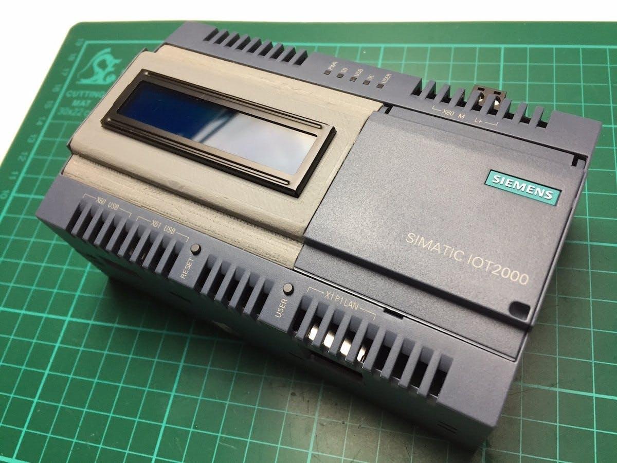 3D Design for LCD Cover on IOT2020 (photo: Frederick Vandenbosch)