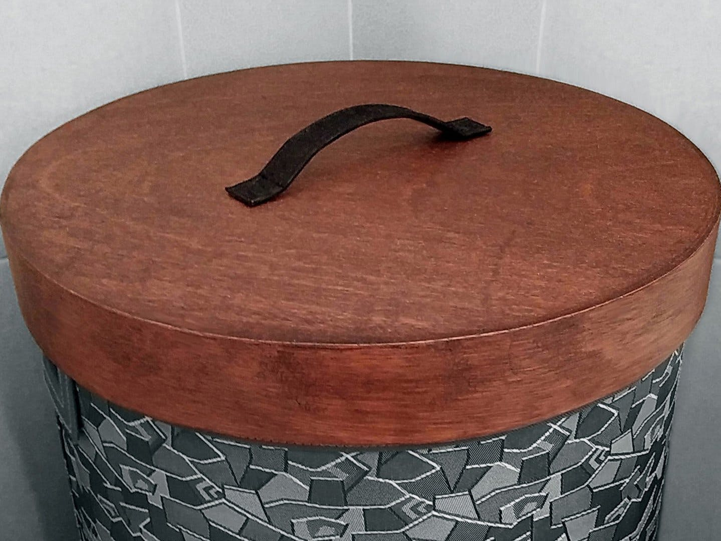 How to make a Round Wooden Lid for Hampers & Baskets