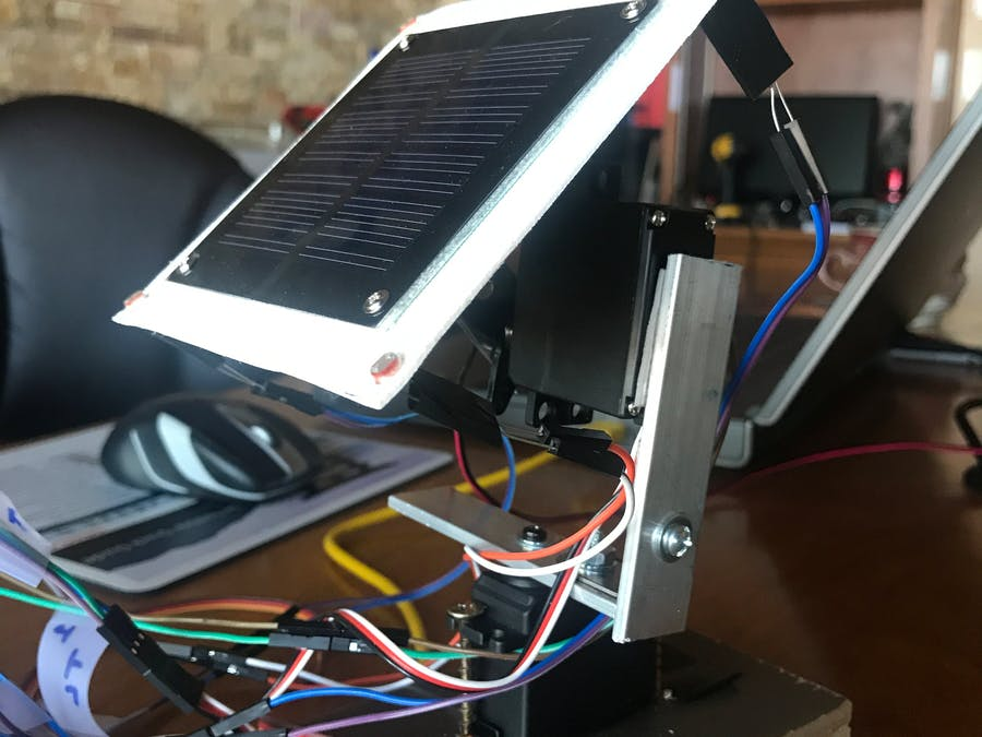 servo controlled light tracking solar panel platform. Black Bedroom Furniture Sets. Home Design Ideas