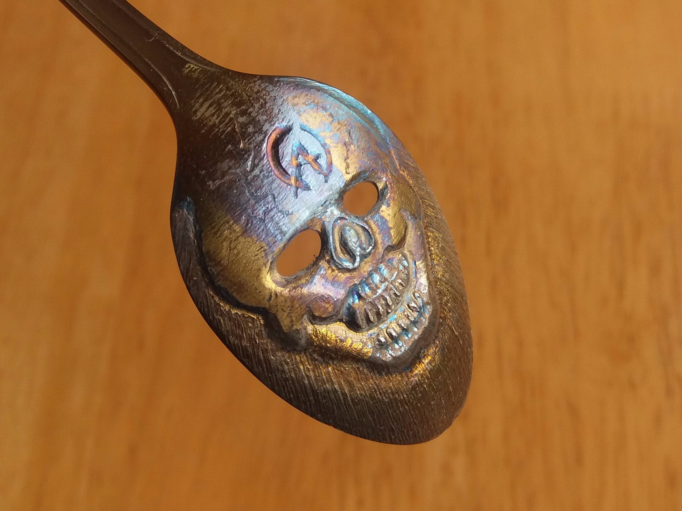 Skull spoon. (clown face)