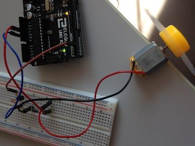 First Test: Super StarterKit from Elegoo - Motor 3-6V DC