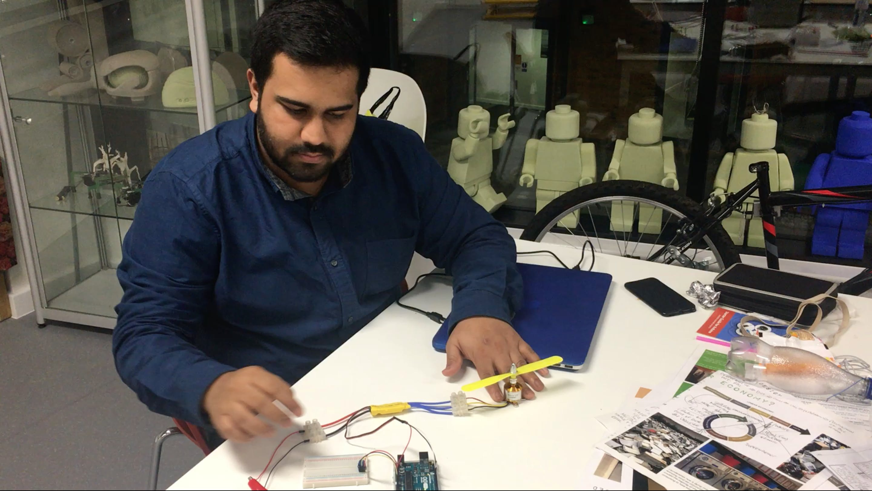Testing out the Arduino Uno, Brushless Drone Motor with ESC using a breadboard & potentiometer