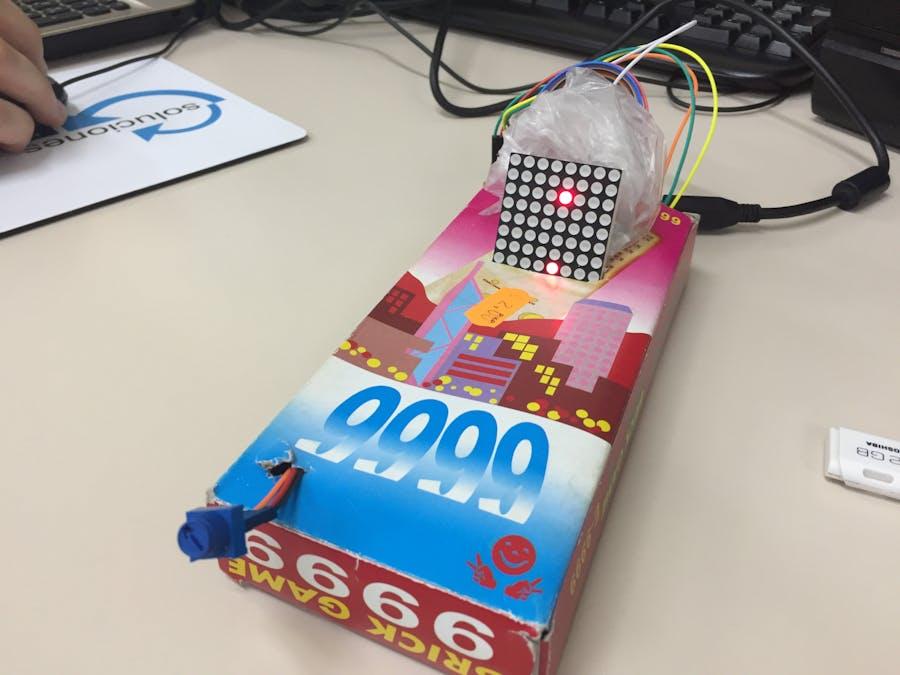 Arduino Catch The Beat [8x8 LED Matrix]