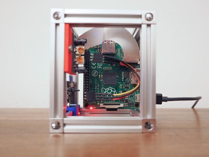 Raspberry Pi Security System With Motion Detection / Camera