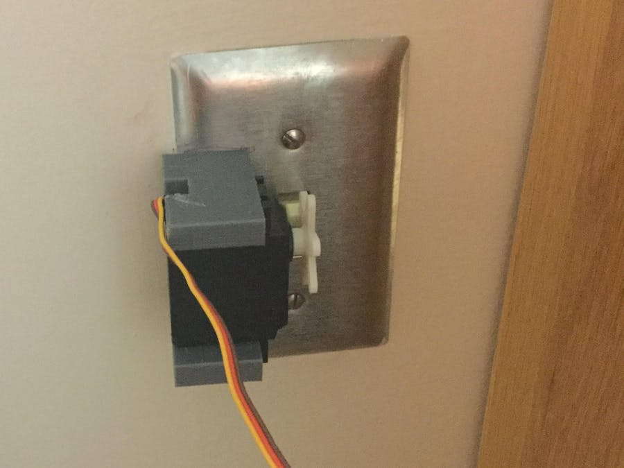 Wireless Light Switch Manipulator