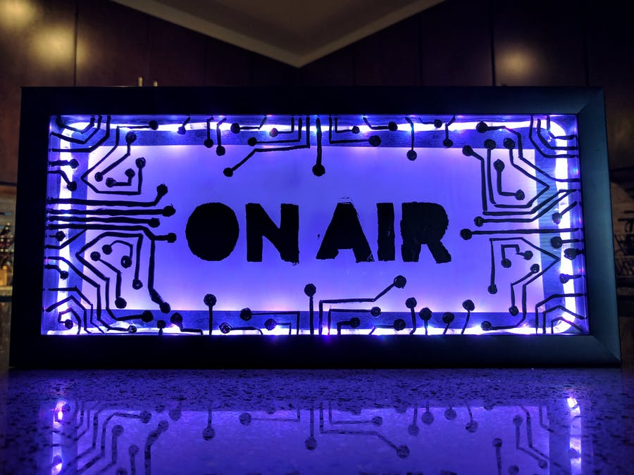 Smart Conductive 'On Air' Sign!