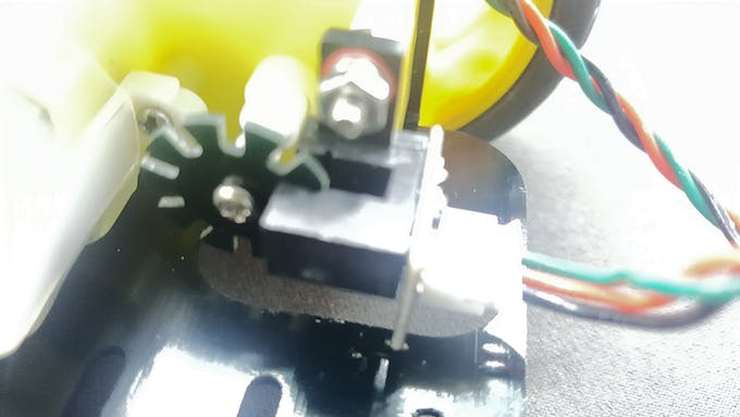 The encoder to detect amount of wheel movement