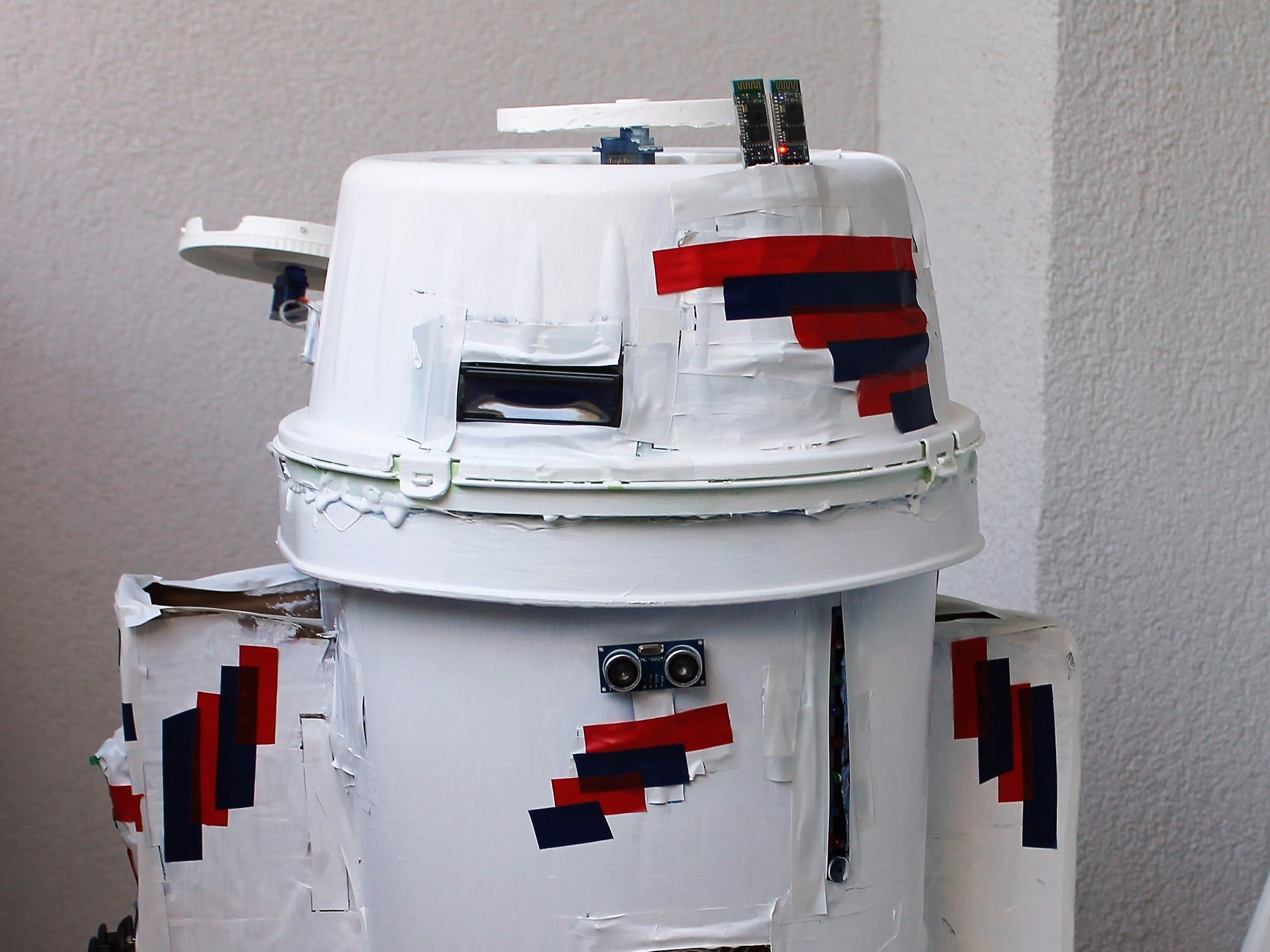Make an Enhanced R2-D2 to Be Controlled by an Android App
