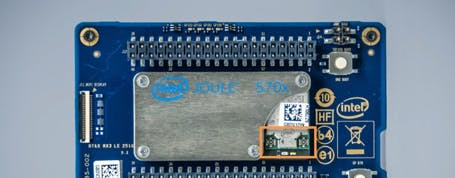 (1) The A1 connector, marked by a solid arrow, is for connecting to Wi-Fi. (2) The A2 connector, marked by a white arrow, is for connecting to Wi-Fi and Bluetooth*