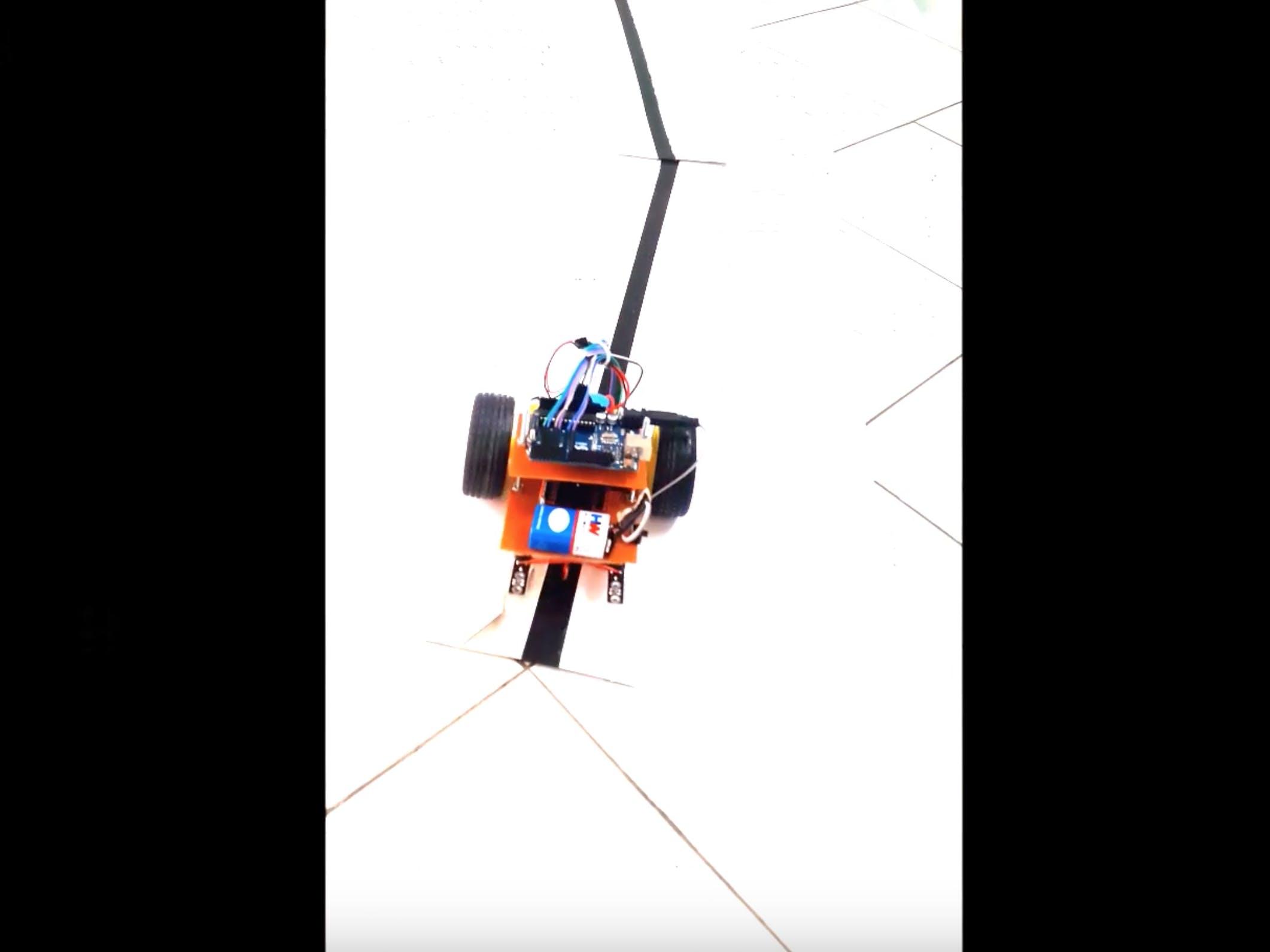 Line Follower Robot Pengikut Garis Blackpink Punya