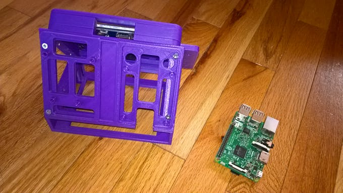 The assembled case and the Raspberry Pi 3