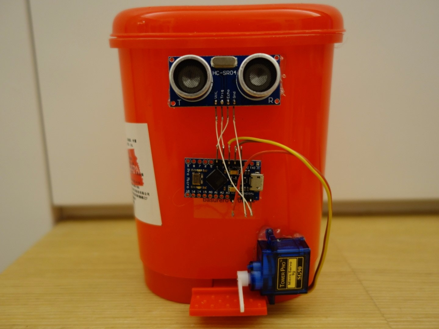 touchless automatic motion sensor trash can hackster io Motion Sensor Light Wiring Diagram at Wiring Diagram For Motion Sensor Trash Can