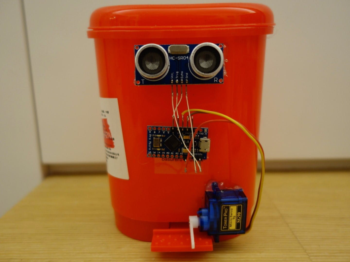 Touchless Automatic Motion Sensor Trash Can