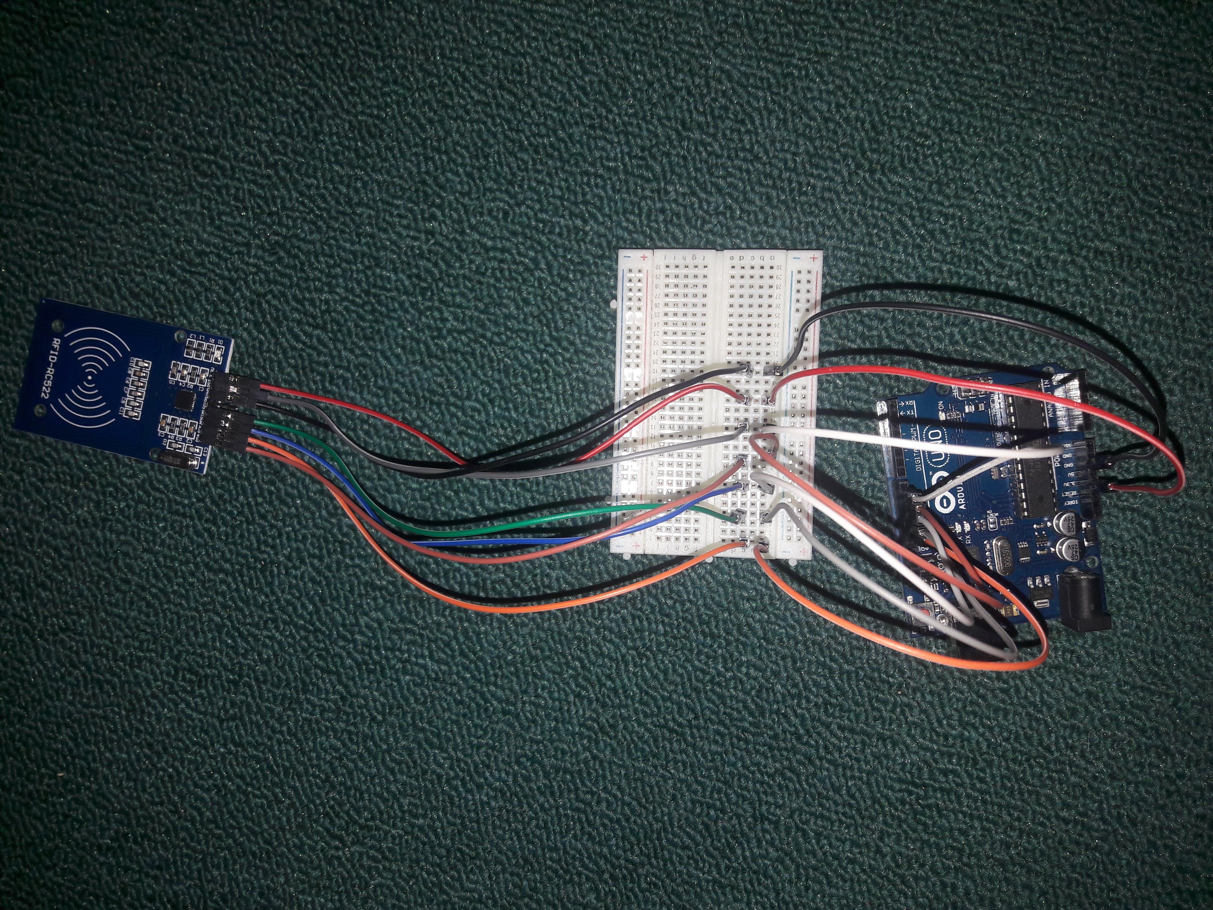 Menghubungkan RFID ke Arduino uno.