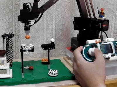 Control a Robot Arm with Arduino Esplora