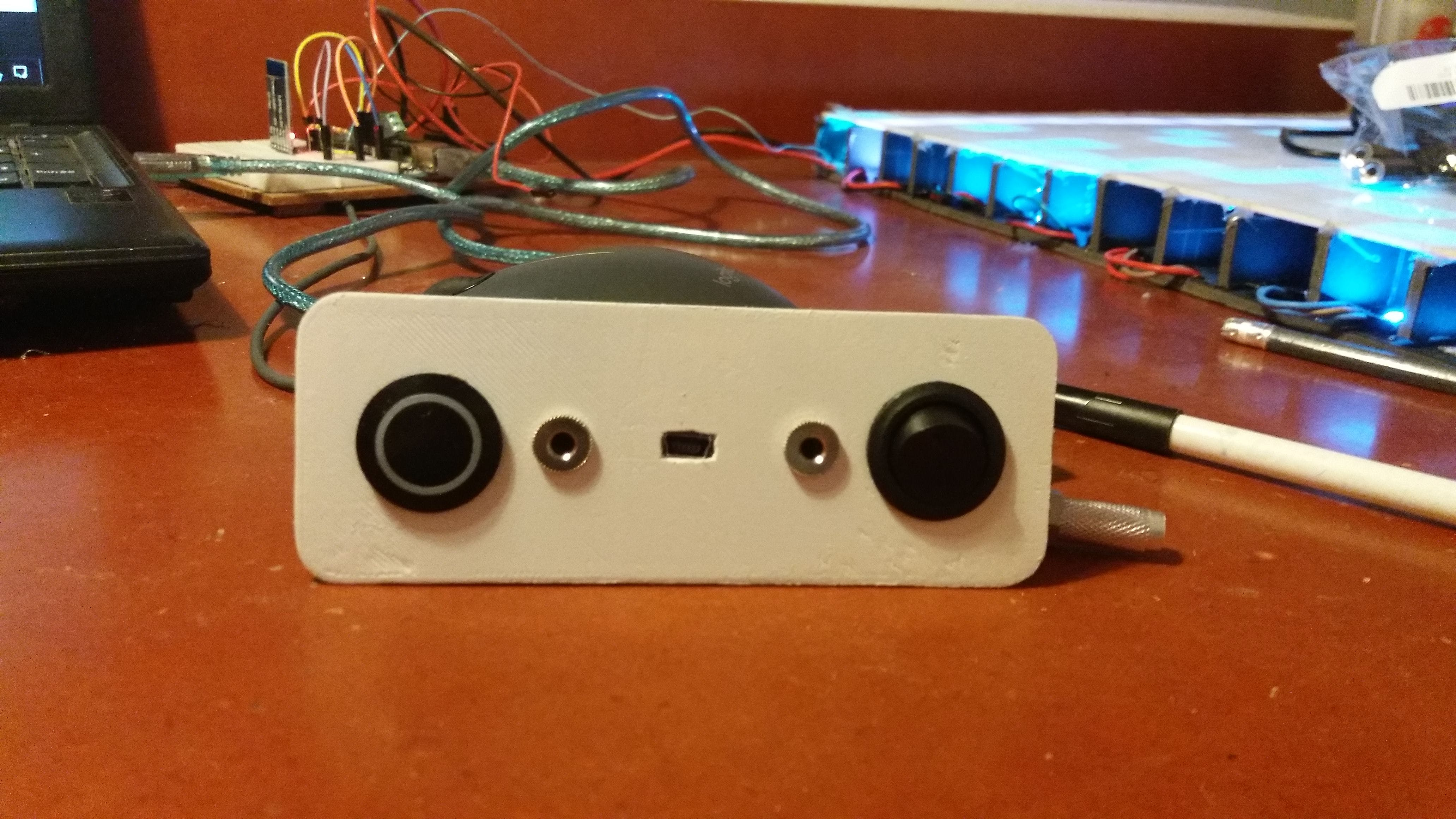 The final look of the interface (Menu/validation button, arduino USB, Audio IO, power switch)